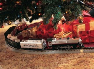 i remember my first train set anyone who had one probably does it was a starter set that my grandmother bought me when i was about 10 or so - Train Under Christmas Tree